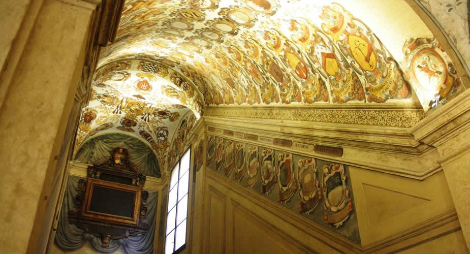 Bologna bezienswaardigheden: Palazzo dell'Archiginnasio | Mooistestedentrips.nl
