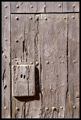 Porta antiga / Puerta antigua