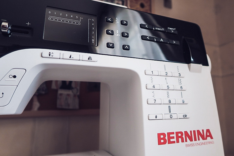 review Bernina B380 обзор швейной машины 6
