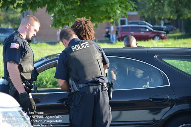 Man Arrested After Pulling, Nikon D5200, Sigma 28-300mm F3.5-6.3 DG Macro