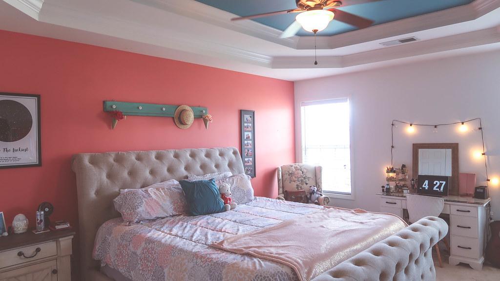 Master Bedroom Makeover & Room Tour!