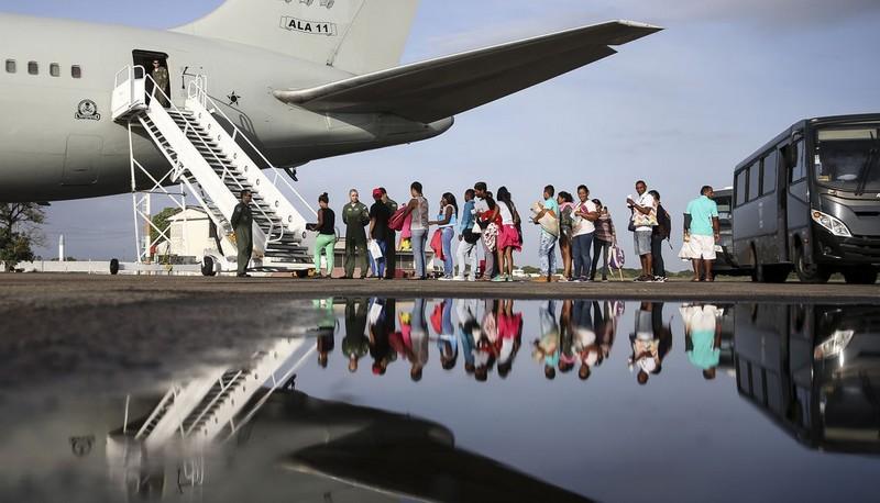 Grupo de 270 venezuelanos é transferido de Roraima para outros 6 estados, Imigrantes venezuelanos