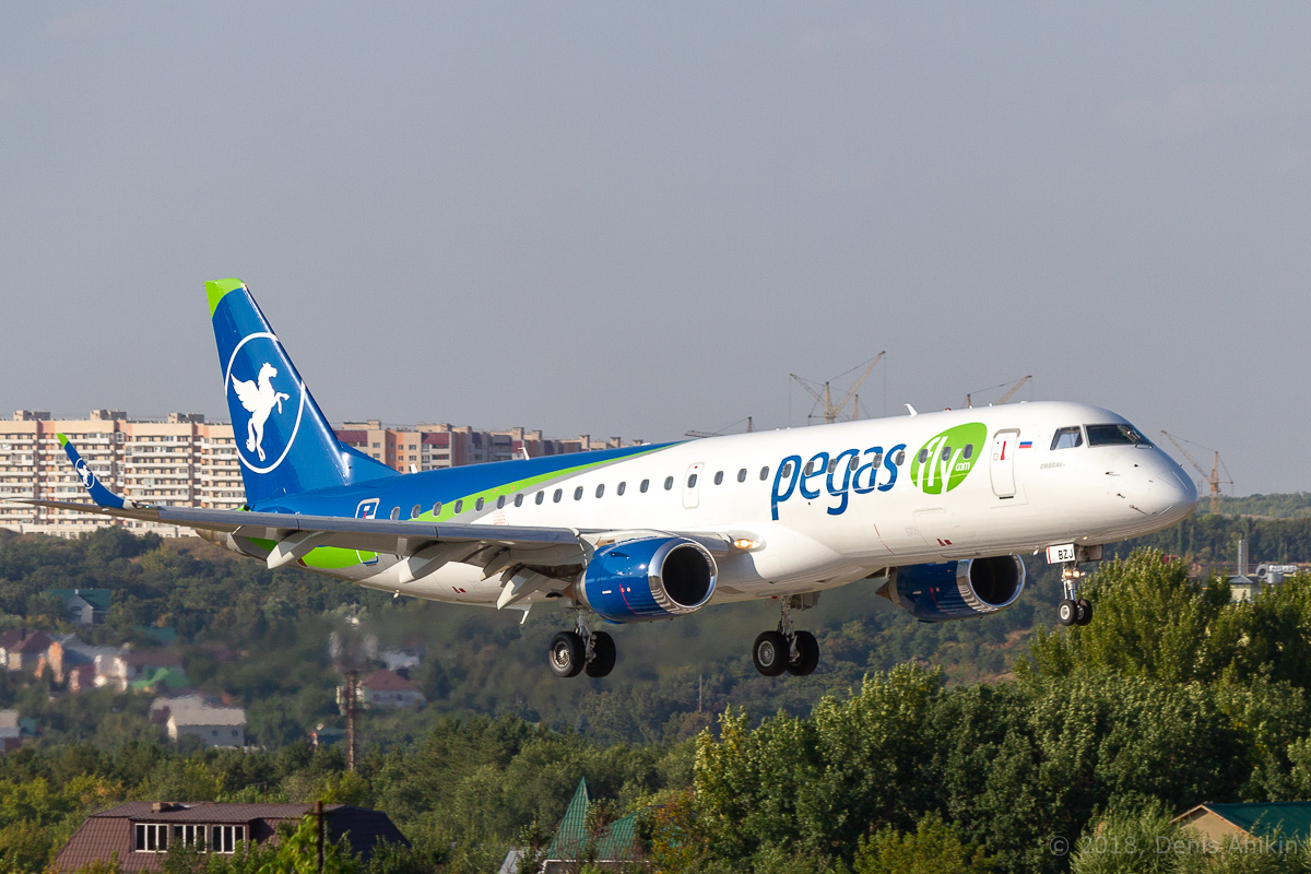 Embraer E-190, VP-BZJ, PegasFly (