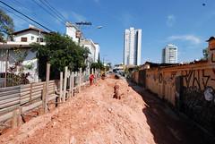 Prefeito visita obras na Rua Genoveva de Souza