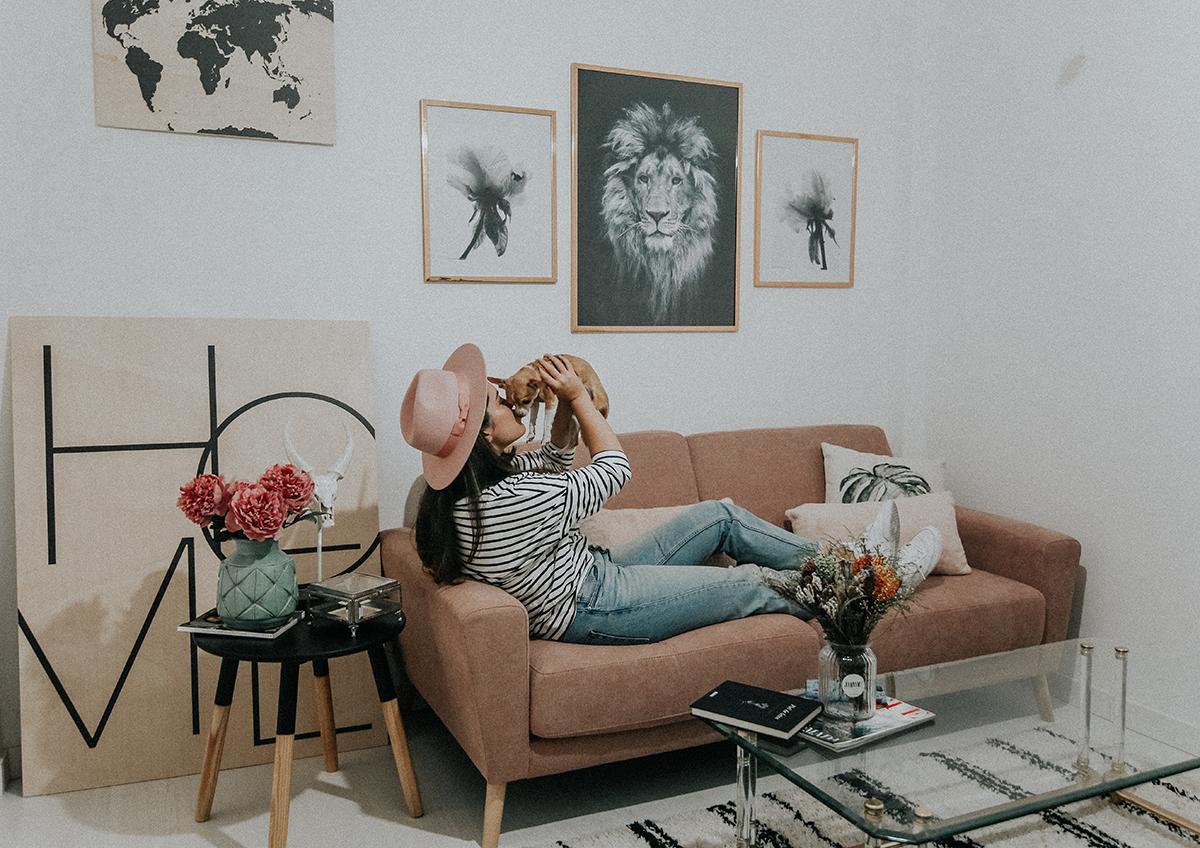 decora-salon-posterlounge-sofa-rosa-myblueberrynightsblog10