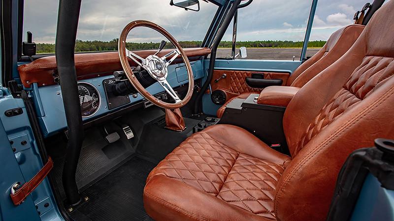 1973-ford-bronco-restomod-by-velocity-restorations (4)