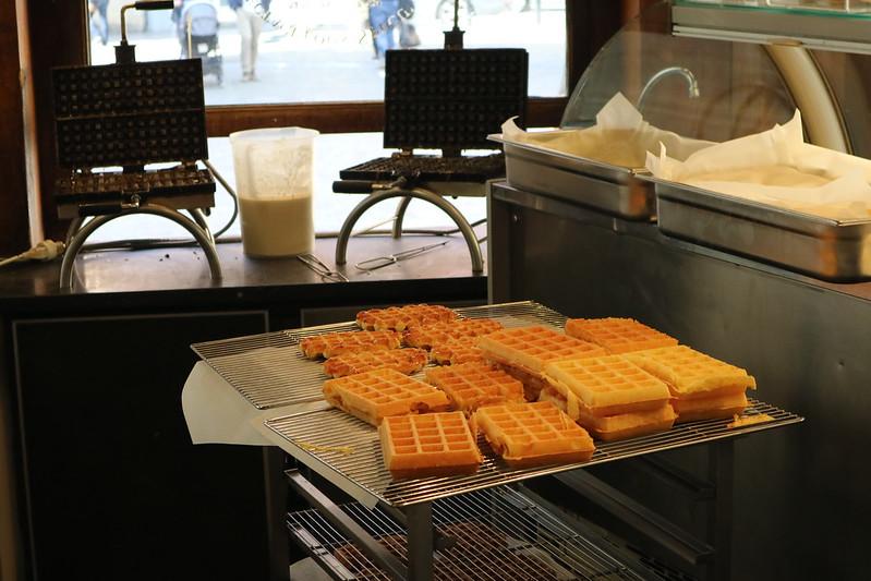 Maison Dandoy's Brussels Waffles