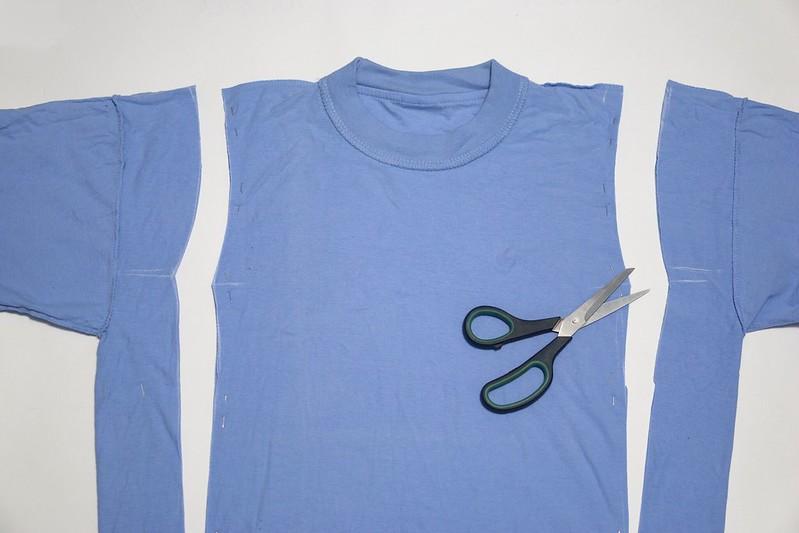DIY: Переделываю старую футболку в новое платье!