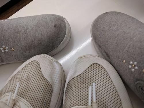 靴をコインランドリーで乾かすのに60分