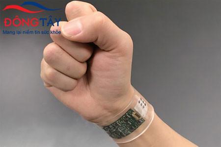 Thiết bị đo chức năng tim qua cổ tay có nhiều ưu điểm