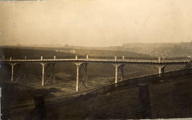 Burn Closes Bridge (1913 - 2008)