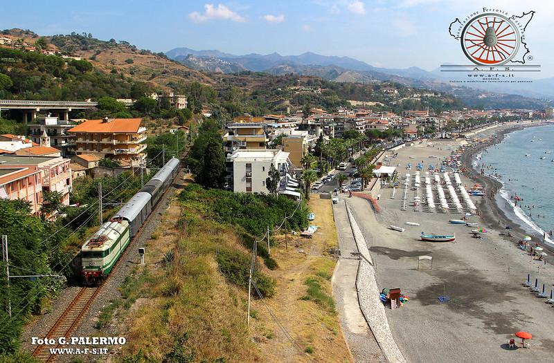 101 - Settembre 2018 - Il treno dei paesaggi dello Ionio e delle arance  44503109542_1098fae421_c