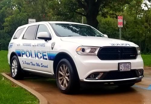 Veterans Affairs Police Dodge Durango (2)
