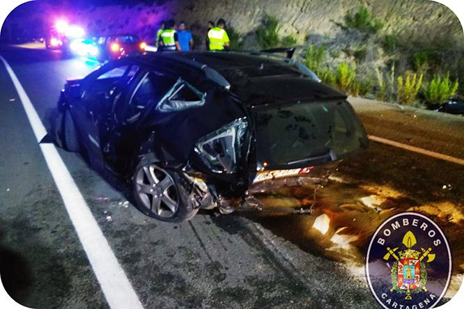 Cinco heridos, entre ellos un bebé, en un accidente de tráfico múltiple