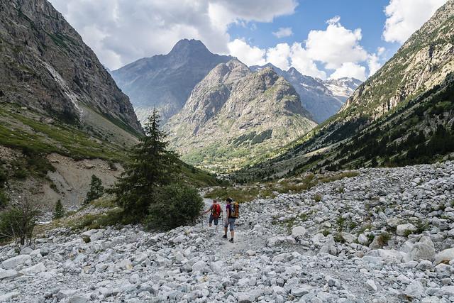 Retour à la Bérarde après le mont Gioberney