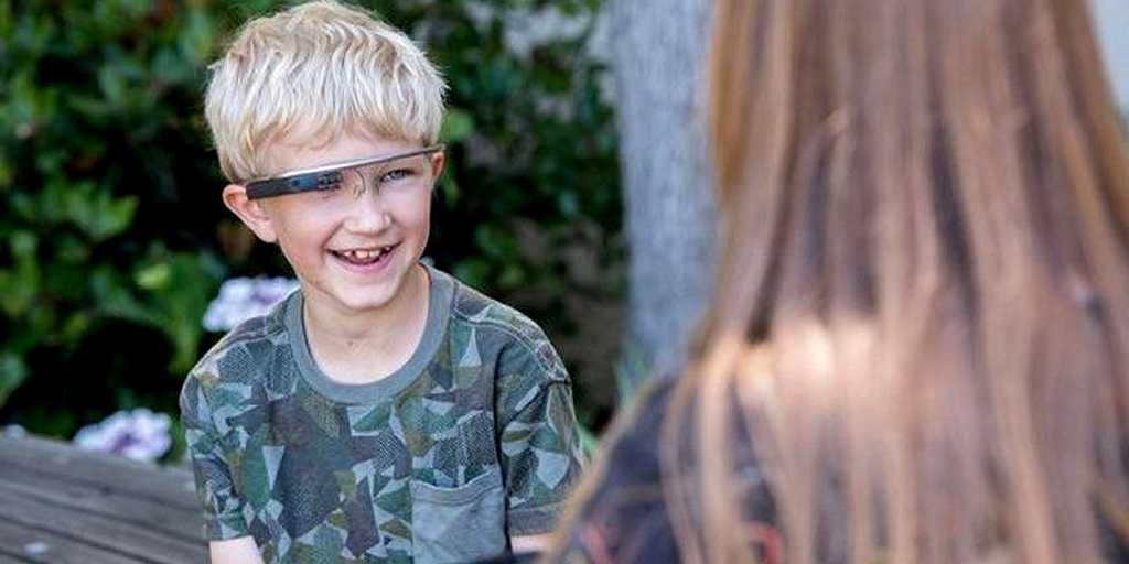 «Google Glass» : aider les enfants autistes à comprendre les émotions
