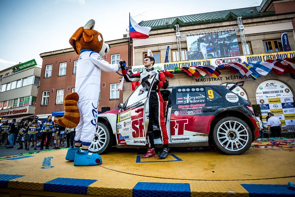 09 Gryazin Nikolay, Fedorov Yaroslav, LVA/RUS, Sports Racing Technologies, Skoda Fabia R5, podium ambiance during the 2018 European Rally Championship ERC Barum rally,  from August 24 to 26, at Zlin, Czech Republic - Photo Thomas Fenetre / DPPI