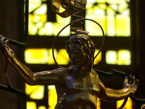 crucifix jesuschrist westminsterabbey stainedglass yellow