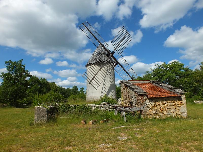 [227-003] Promilhanes - Moulin à vent du Mas de la Bosse