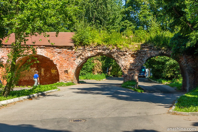 Фрагмент оборонительной стены крепости Кронштадт