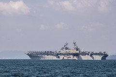 USS Essex (LHD 2) sits at anchor off the coast of Kota Kinabalu, Aug. 20. (U.S. Navy/MC3 Christopher A. Veloicaza)