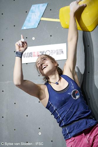 ifscwch-innsbruck-boulderfinals-women-friday-027-D85_3169