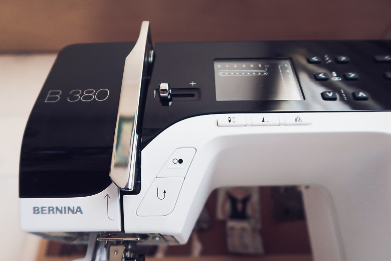 review Bernina B380 обзор швейной машины 5