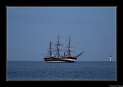 Le navire école Amerigo Vespucci passe devant le phare de Chaveau en rade de La Rochelle pour une escale de 4 jours- La Rochelle- Charente-Maritime- France