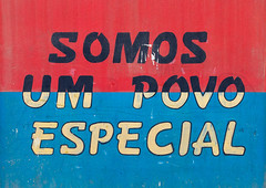 Patriotic slogan on a wall, Benguela Province, Catumbela, Angola