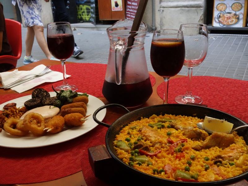Barcelona paella tapas sangria