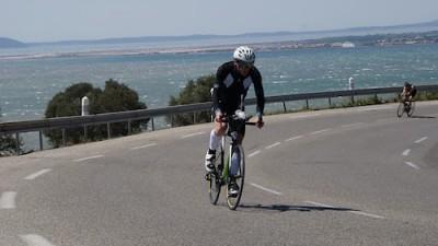 Montée-Corniche-vélo-Duathlon-Marettes-Vitrolles-400x225