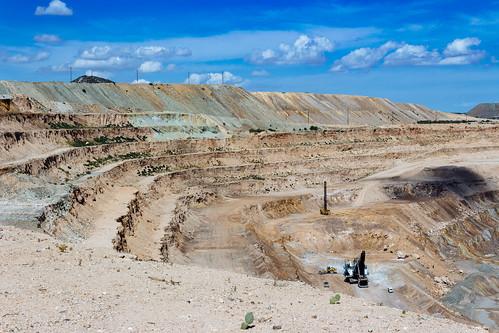 canoneosrebelt5i pimacounty sahuarita canonefs1855mmf3556isii arizona santacruzvalley fujiastia100f mines vscofilm04