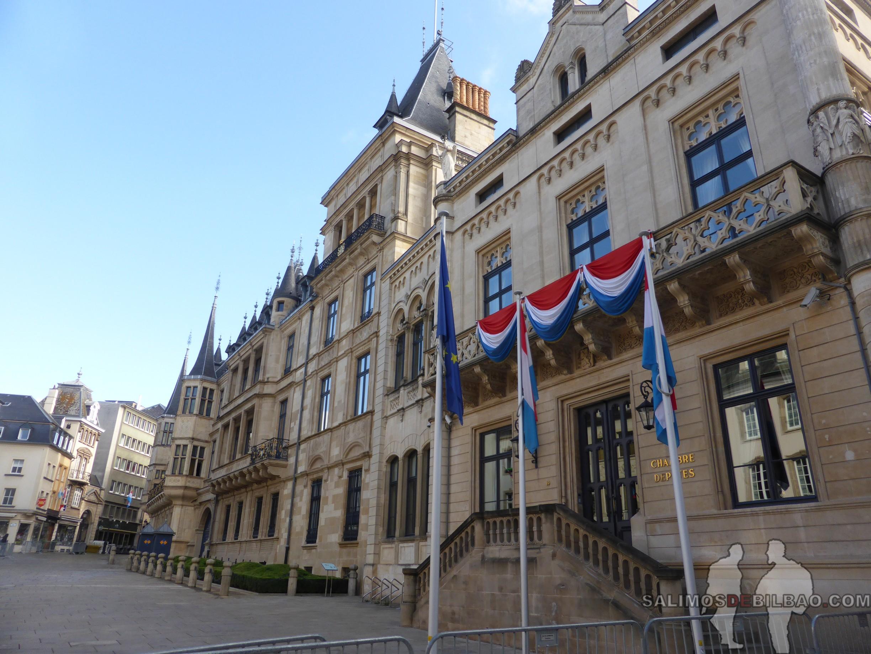 144. Oficina del Gobierno Federal y Palacio Gran Ducal, Barrio Alto, Luxemburgo