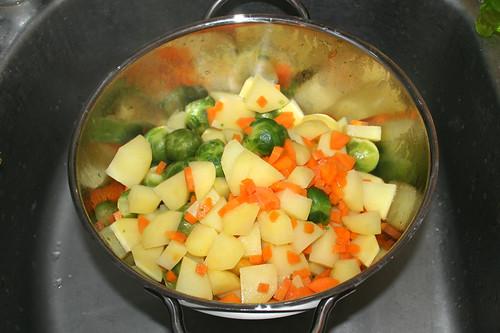 40 -  Gemüse abtropfen lassen / Drain vegetables