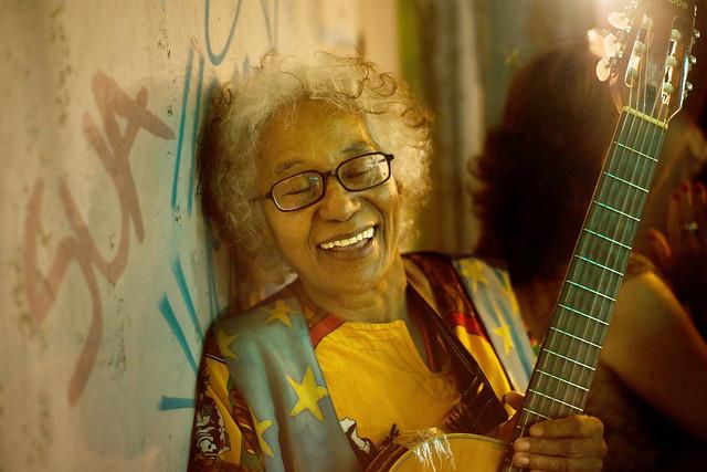 """Cátia nasceu na Paraíba e, como ela mesma diz, tem """"acidentalmente"""" 71 anos - Créditos: Foto: Etic Gomes/Divulgação"""