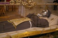 San Giuseppe da Copertino (Urna)
