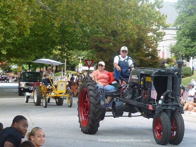 King Apple Parade 2018 at FromMyCarolinaHome.com