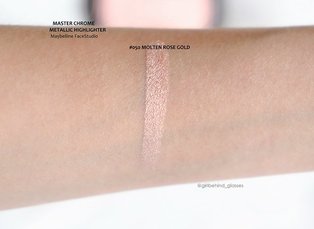 Maybelline FaceStudio Master Chrome Metallic HIghlighter Molten Rose Gold swatch