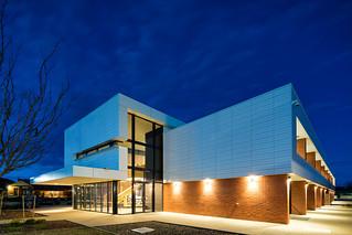 PROJ - Notre Dame Sciences Building, Shepparton featuring TN Glazed in Whitehaven