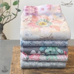 Do you like a #floral design? Or do you prefer ornaments? The Suela Home socks are available in 5 different design styles. . Buy now for only ?11.95 via https://socks.amsterdam (see link in bio) . #Suela #socks are produced with patented dry touch:registe