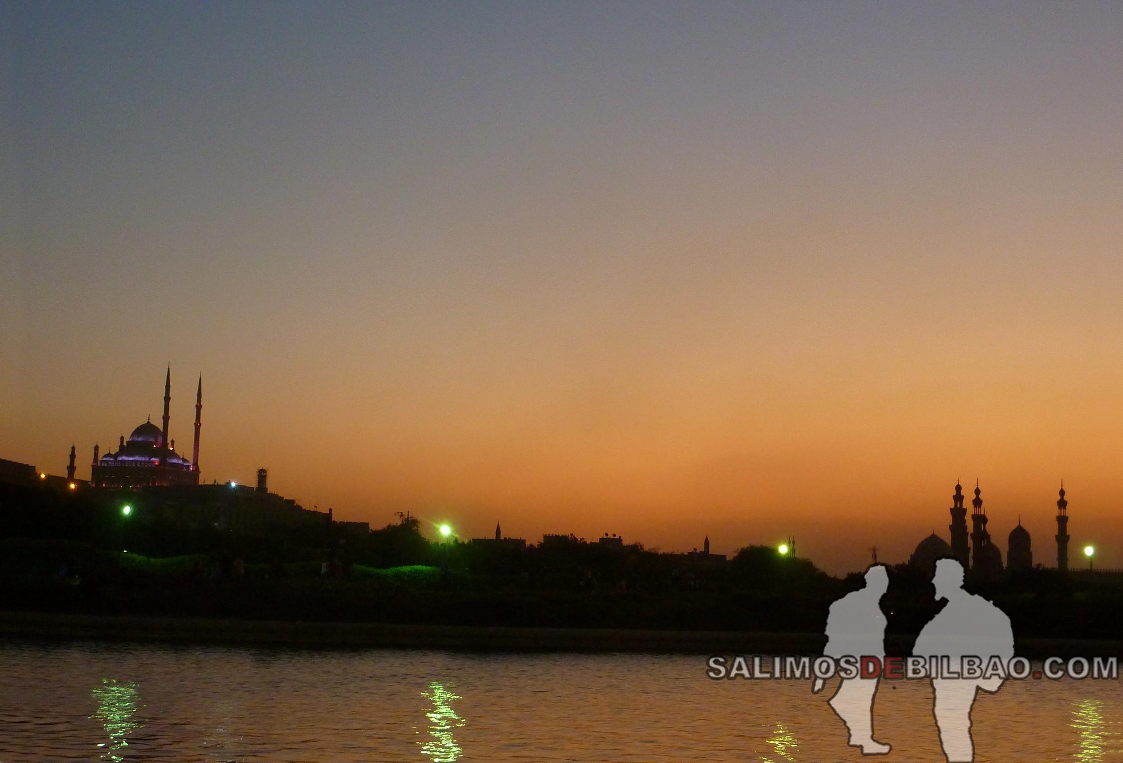 0389. Vistas desde el Restaurante Al-Qalaa, Parque Al-Azhar, Cairo