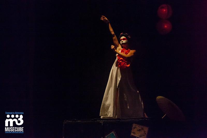 Mata_Hari_teatr_Luny_070