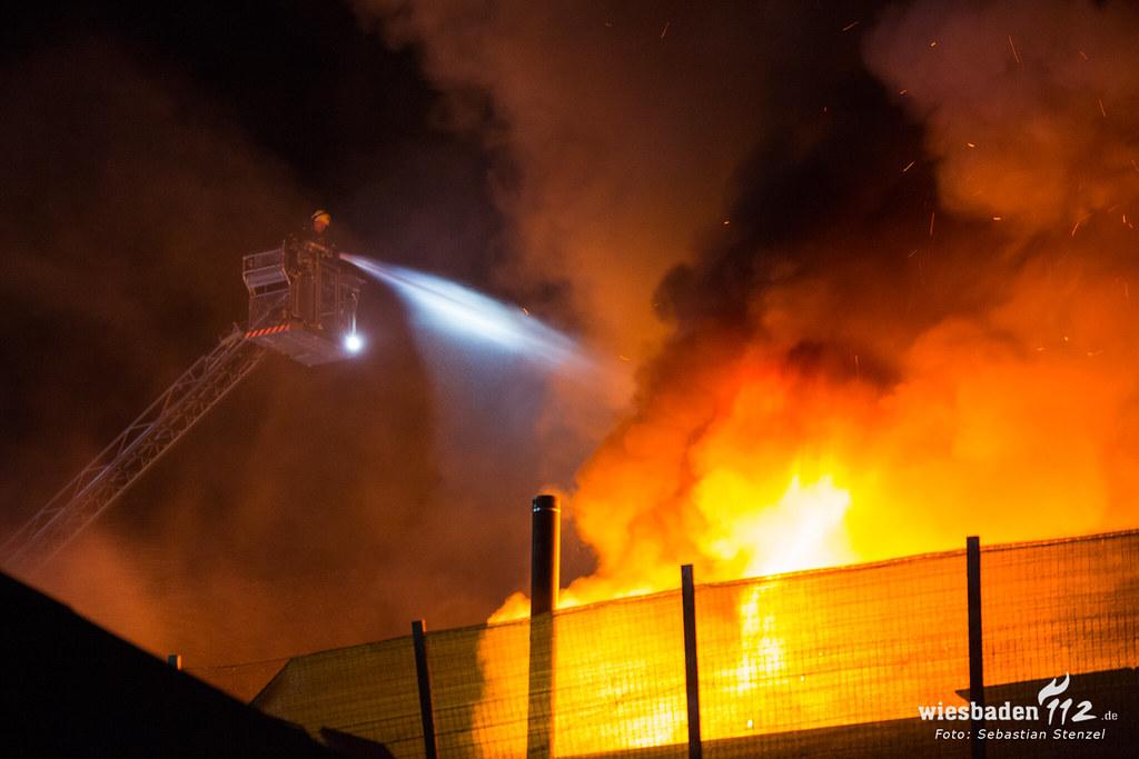 Großbrand Werkstatt Daimlerstraße 09.09.18