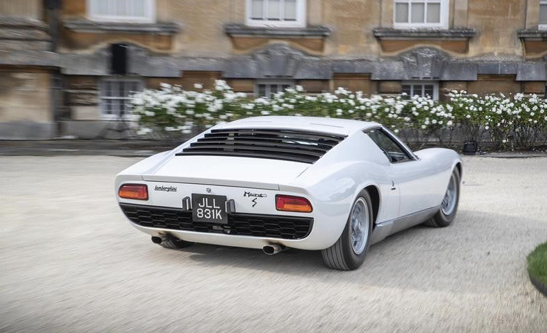 Lamborghini-miura (1)