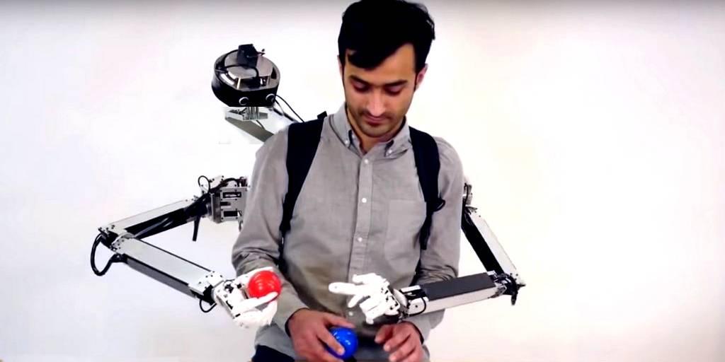 Fusion : un système de bras robotiques