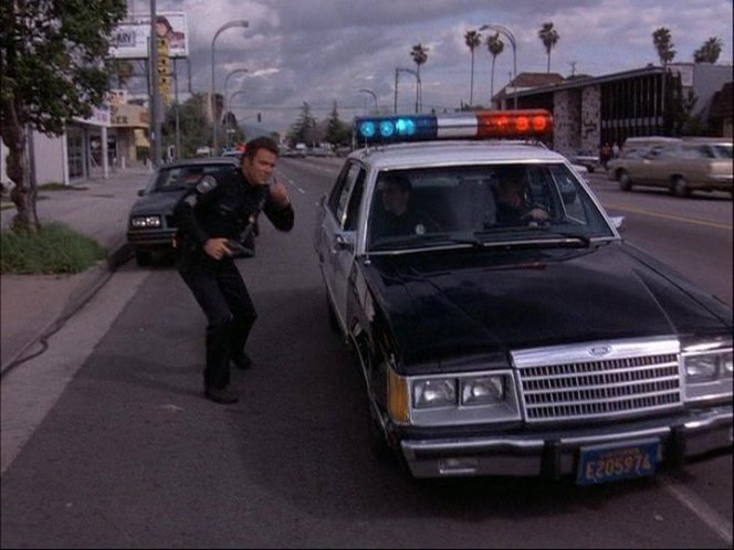 Cop-Cars-TJ-Hooker-Ford-LTD