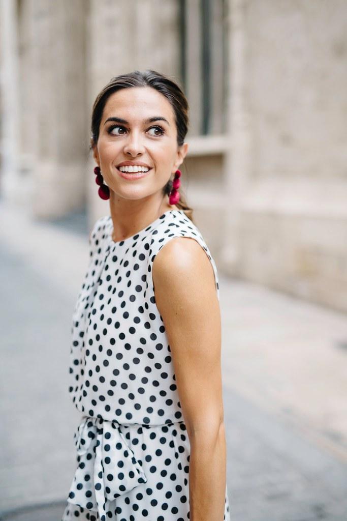 Look Invitada lunares_ Rojo Valentino Blog (6)