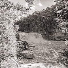 Falls at Cumberland Falls State Park, KY (Black and White)