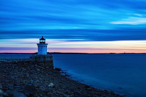 cloudy dawn buglight portlandharbor southportland maine goldenhour clouds sky lighthouse autumn sunrise rpg90901 seascape landscape shore seashore harbor morning longexposure buglightpark ocean canon 6d canonef2470mmf28liiusm filter neutraldensity lee bigstopper nd10 nd 2016 september 0639 coast