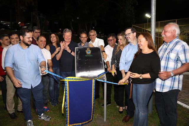 10.09.2018 Prefeito Arthur Neto entrega mais uma área verde recuperada com parque da juventude e academia ao ar livre à população de Manaus.